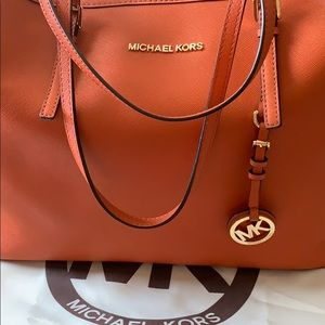 MICHAEL Michael Kors Tote (Bright Orange)